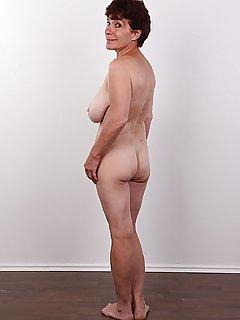 Bilder oma nackt kostenlos porno Suchergebnisse für