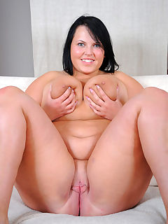 ISABELLE: Odese womam nude xxx